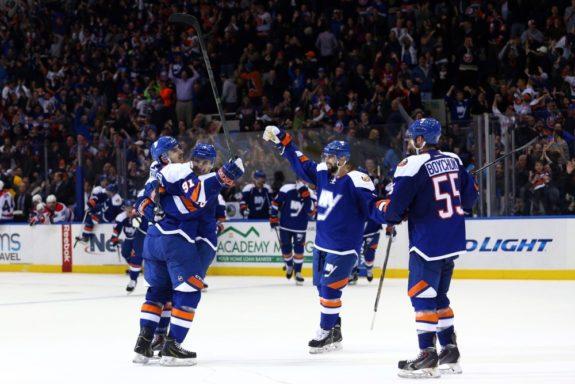 Islanders-third-jersey-e1417462333163-575x384
