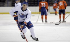 Oilers' McDavid, Hall Set to Rival Legendary Gretzky, Kurri Duo