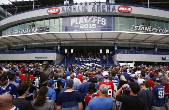 Fans filling Amalie Arena in Tampa