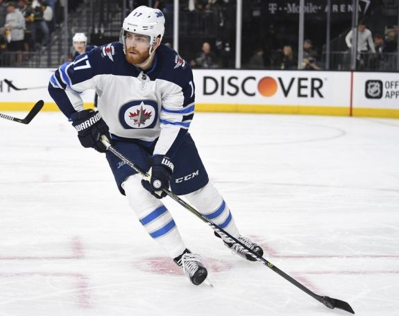 Jets center Adam Lowry