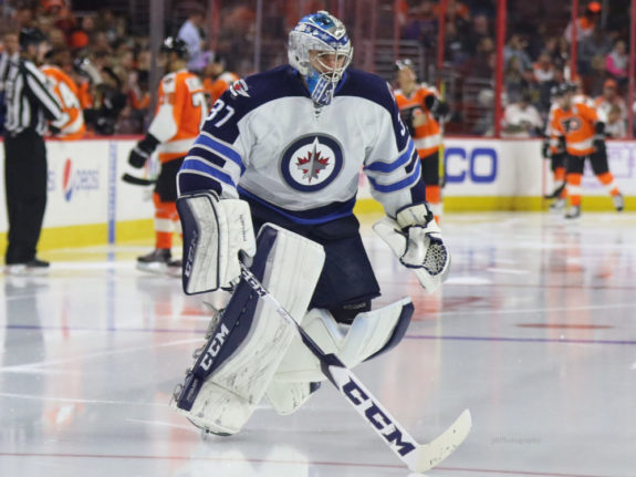Winnipeg Jets bring Pavelec back
