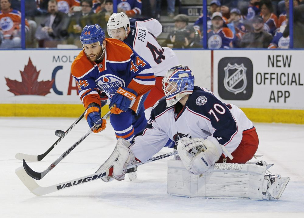 Oilers sign forward Zack Kassian to 3-year extension