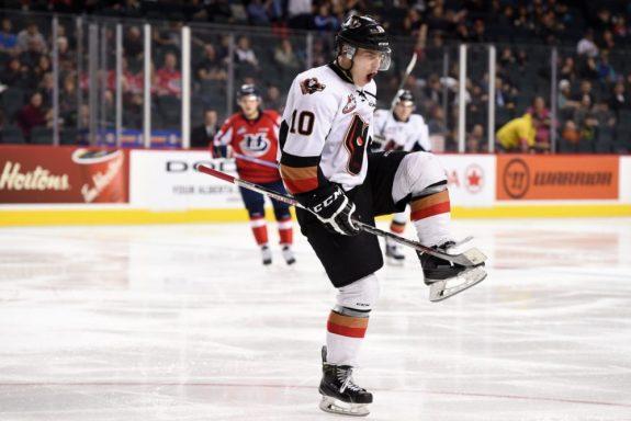 Jakob Stukel of the Calgary Hitmen