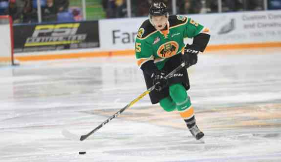 Artyom Minulin of the Swift Current Broncos