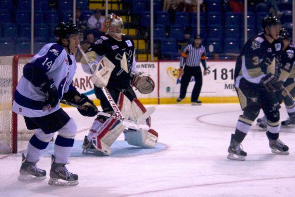 Forward T.J. Syner returned to the Reading Royals in time to face the Wheeling Nailers. (Annie Erling Gofus/The Hockey Writers)