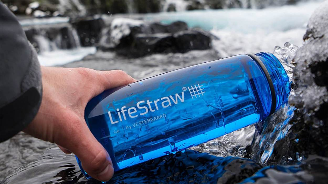 Every digital nomad needs a filtered water bottle