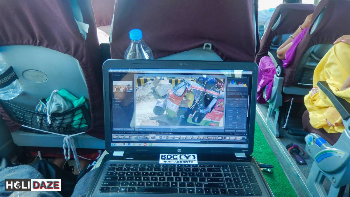 Editing videos while on the DTC Delhi-Kathmandu express Mercedes bus to Nepal. This is what it's like to travel from Delhi to Kathmandu by bus.