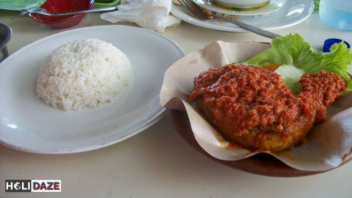 Indonesian Food Cheat Sheet: Ayam Bakar Bumbu Rujak in Lombok
