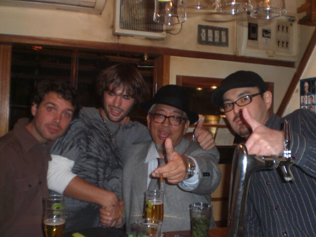 Good friends and good drinks in Tokyo, Japan