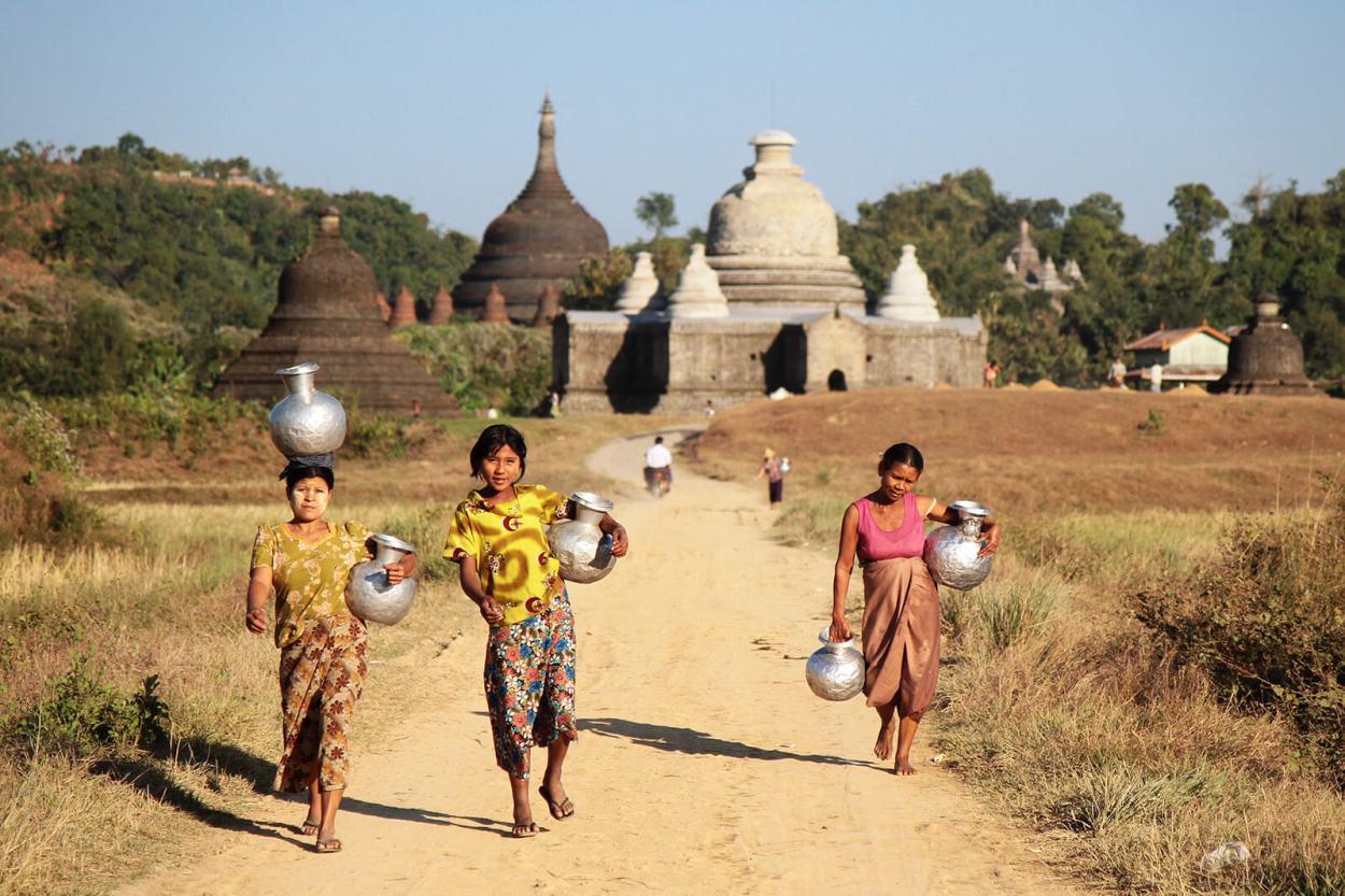 Life in Mrauk-U, Myanmar