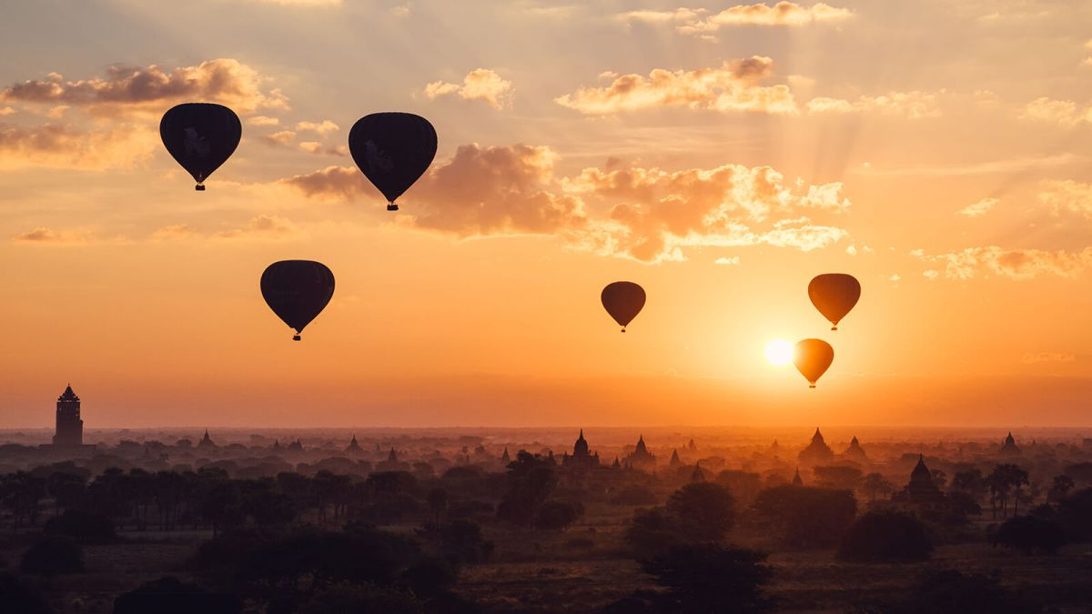 The most memorable and most popular thing to do in Myanmar is to watch the sunrise over the temples of Old Bagan from a hot air balloon