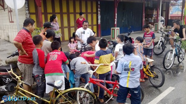 Local Kids In Siak