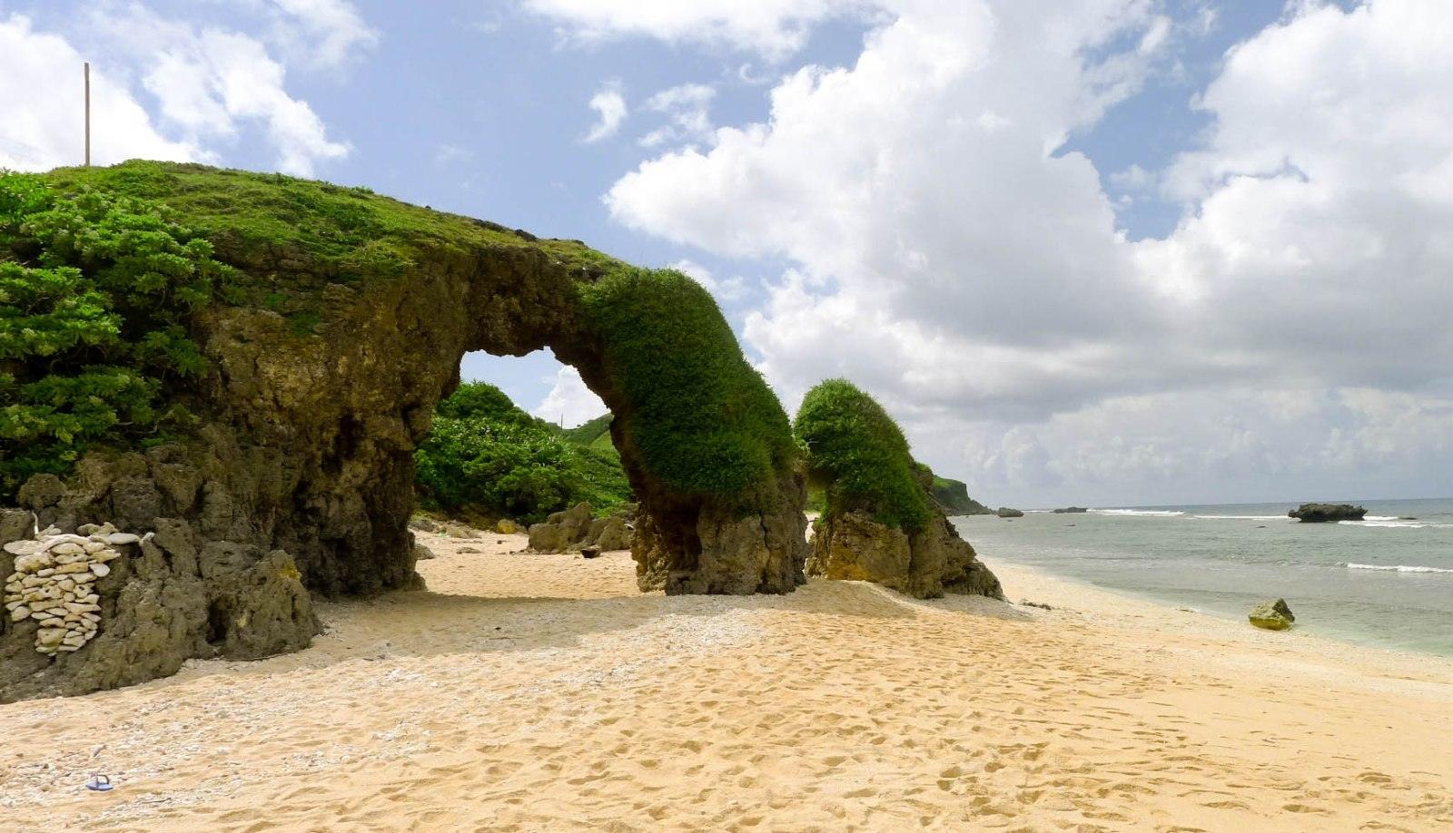 Relax while traveling at Morong Beach, Sabtang Island, Batanes