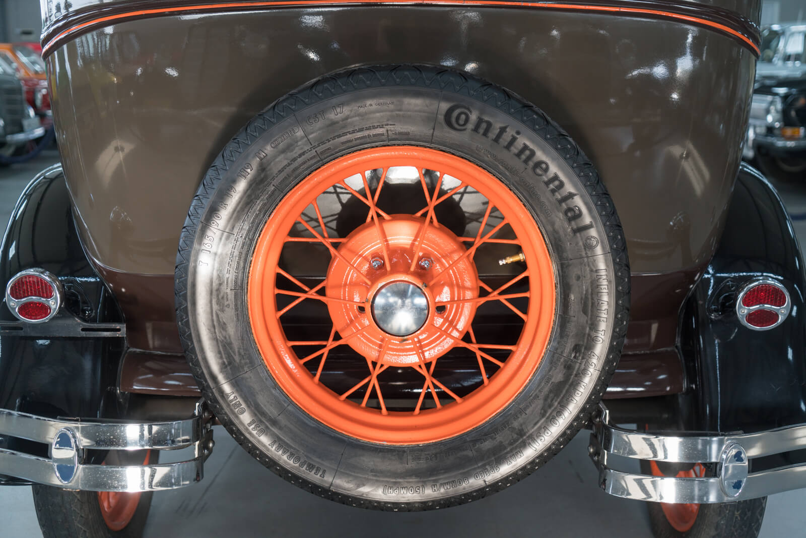 Spare wheel on a 1930 Ford Model A