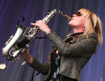 Mindi blowing away. ( Photo Credit: MIKEY ADAM COHEN AND JACK COHEN OF SMOOTH JAZZ LIVE'S TOP 25 AND ACCESS MEDIA)