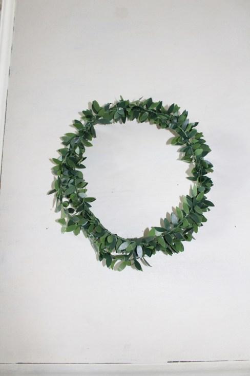 How To Make Boxwood Wreath