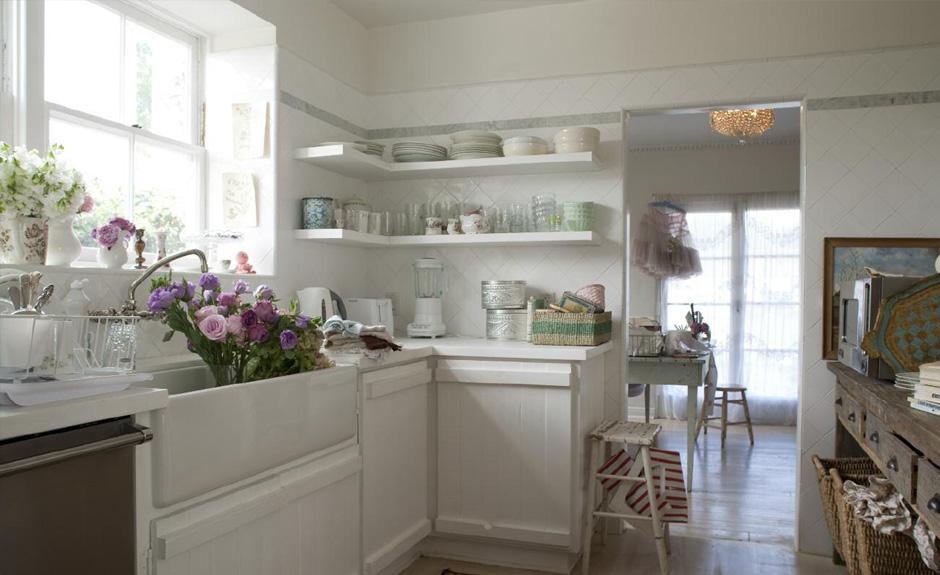 Scopriamo, insieme a carillo home, tutte le caratteristiche del country chic, arredamento dall'impronta vintage e rustica: Shabby Chic Home Decor And Interior Design