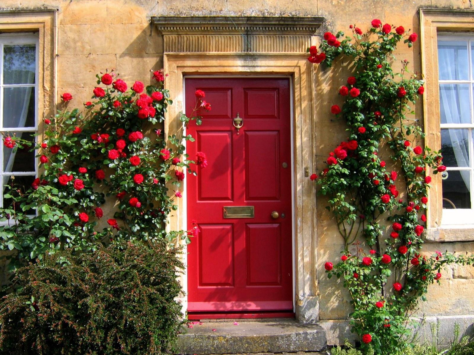 Red Garden Ornaments