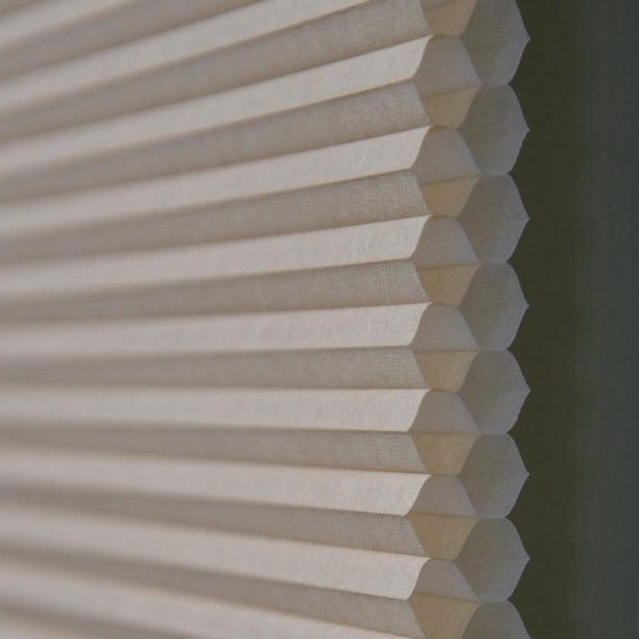 Examples of cellular window blinds