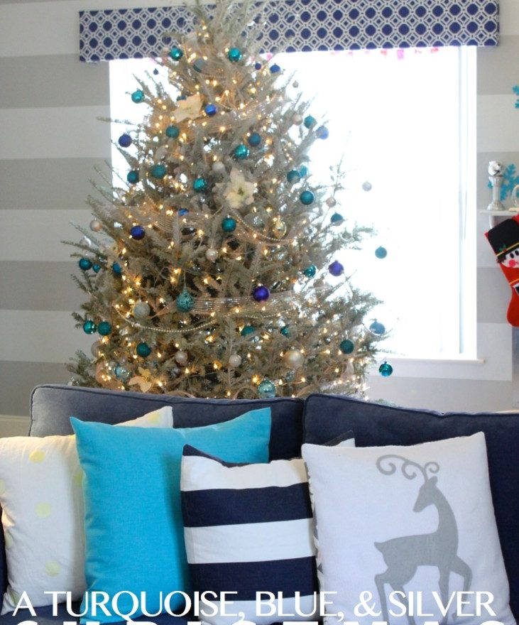 Christmas Decorating Your Living Room
