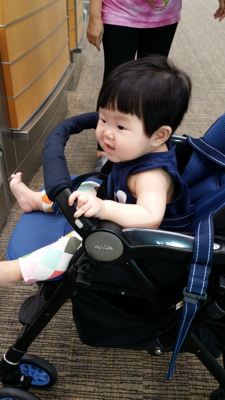 baby Vera travel to taiwan stroller
