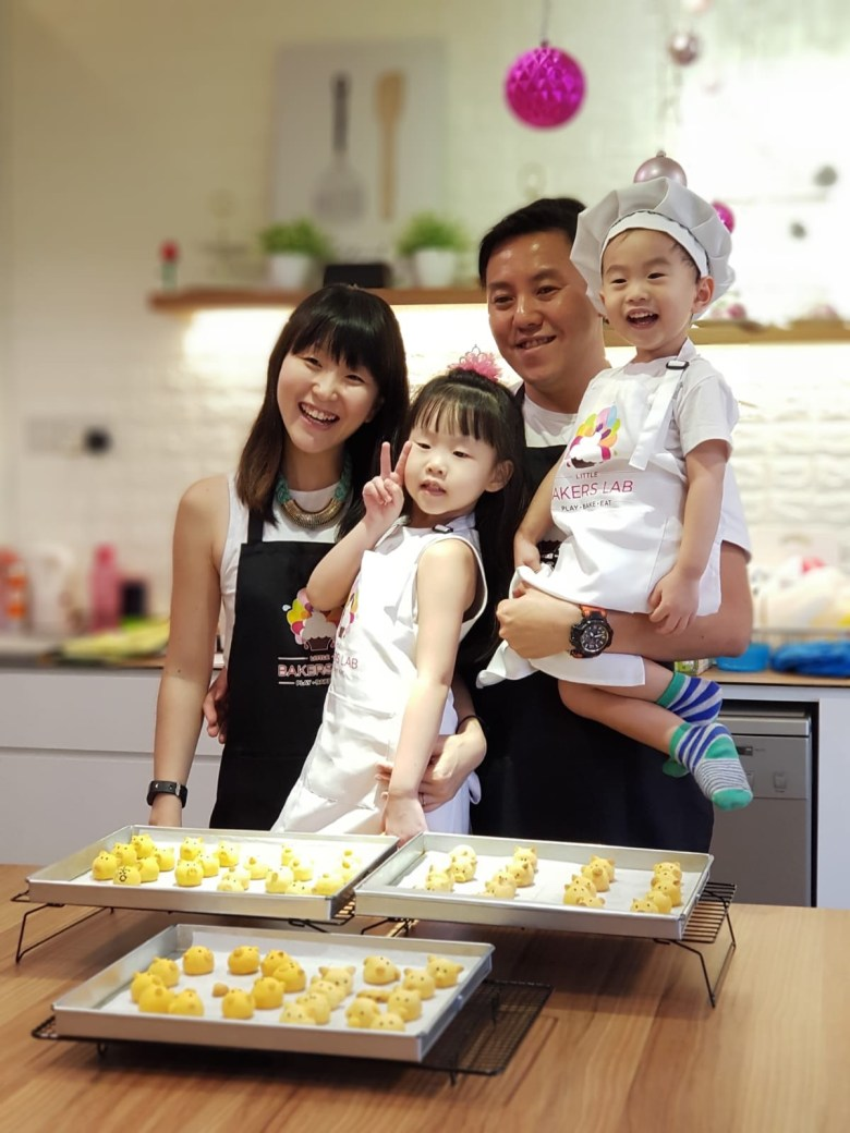 Singapore family blogger review baking class