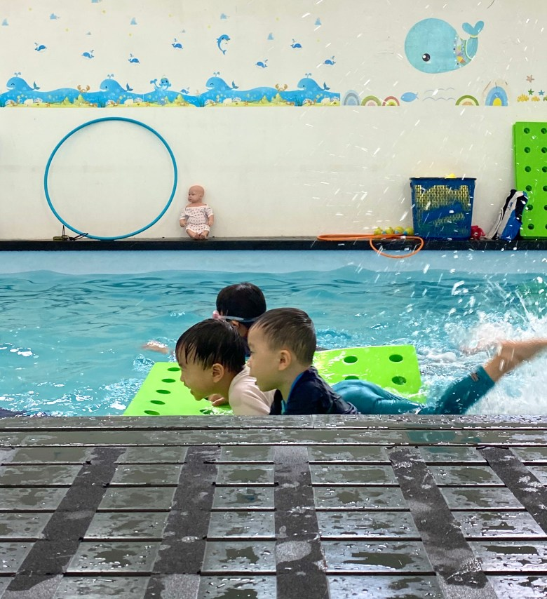fun swim lessons Little Splashes review