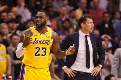 LeBron_James_LakersMarch