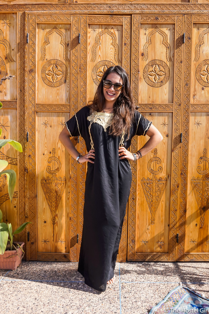 23b16ec3c0 How to Dress in Morocco - Morocc Dress Code The Hostel Girl 4
