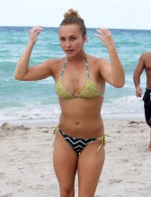 51195576 'Nashville' actress Hayden Panettiere shows off her bikini body in Miami, Florida while enjoying Labor Day weekend with friends on September 1, 2013. FameFlynet, Inc - Beverly Hills, CA, USA - +1 (818) 307-4813