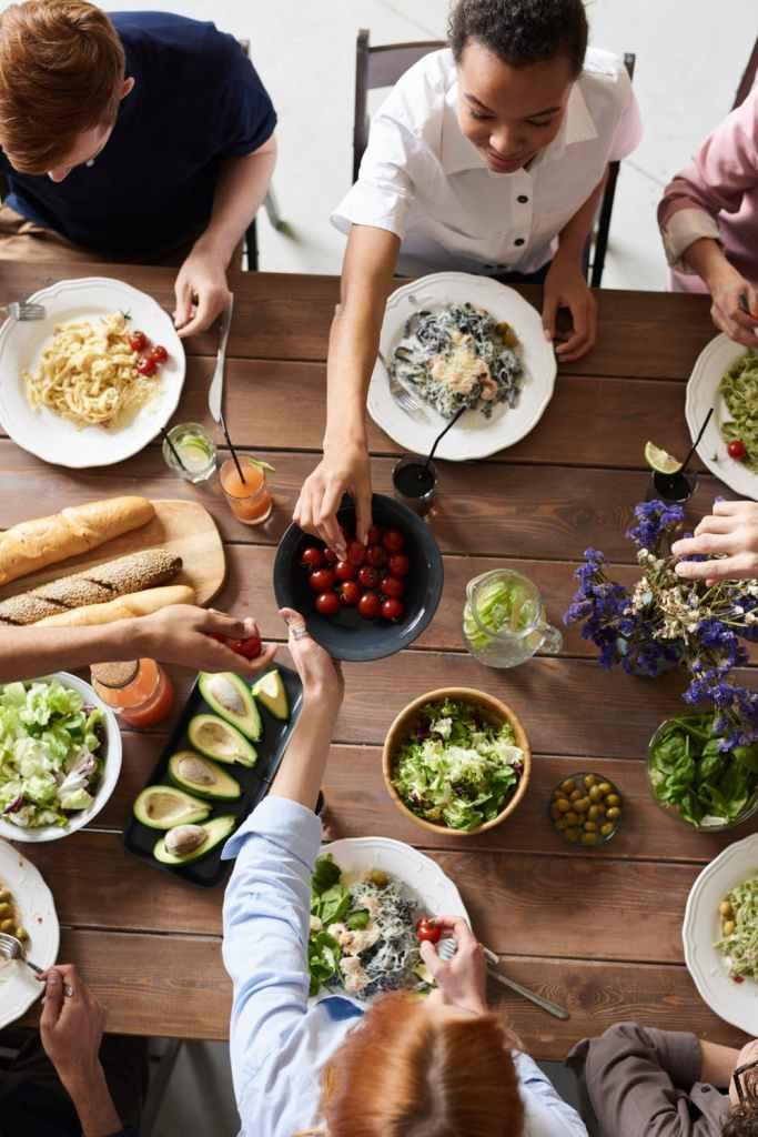 quarantine, family dining together