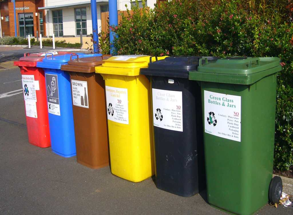 Bins, sorting recyclables