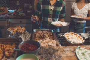 Thanksgiving dinner on a budget - The Hot Mess Press