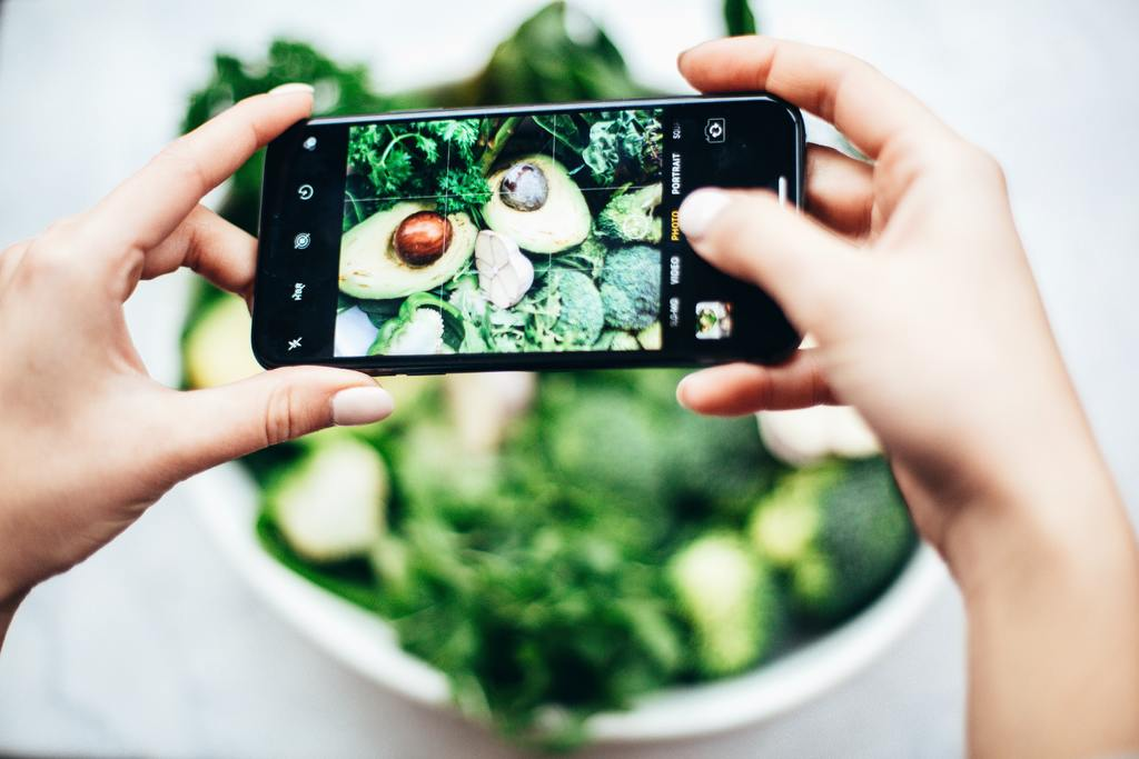 Snapping salad with limited calories