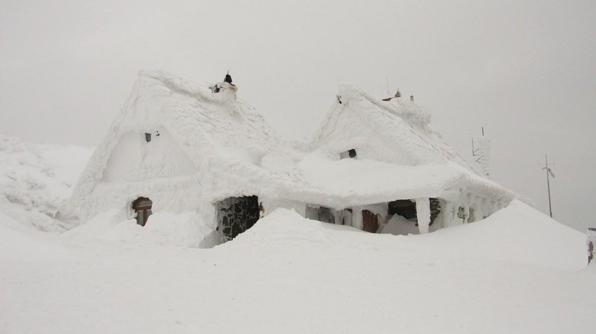 Snow extreme