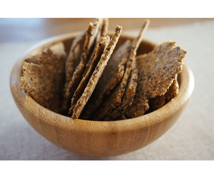 snack trends, bowl of homemade crackers