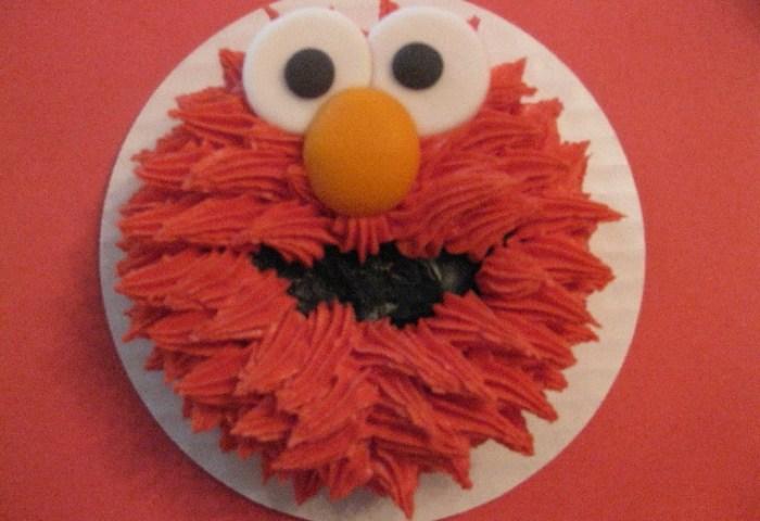 Coltons Elmo Smash Cake