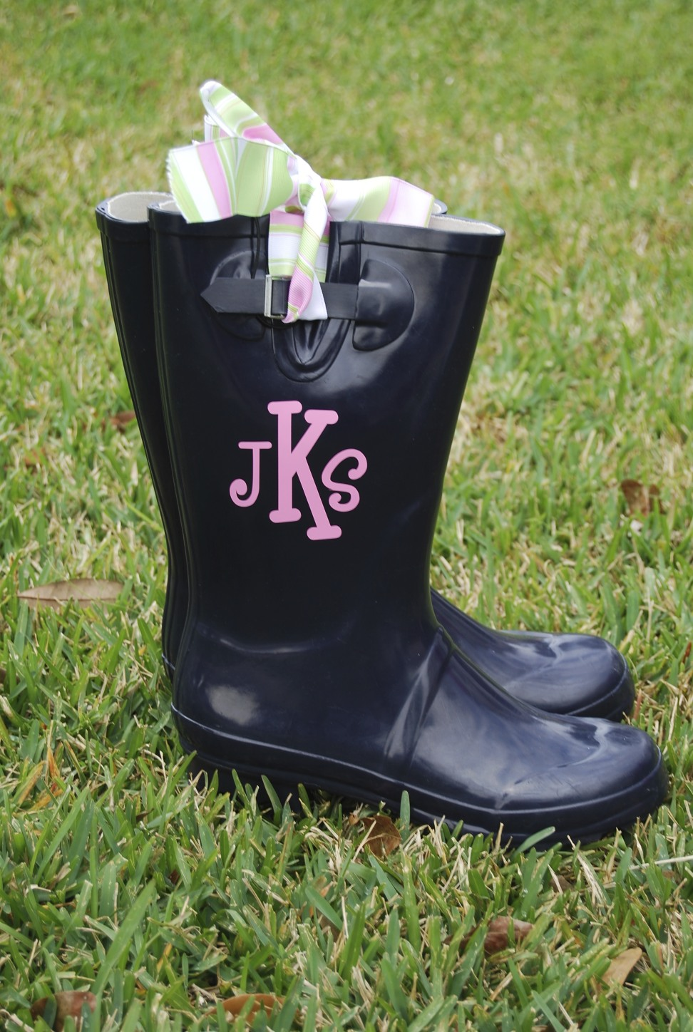 how to make monogrammed boots