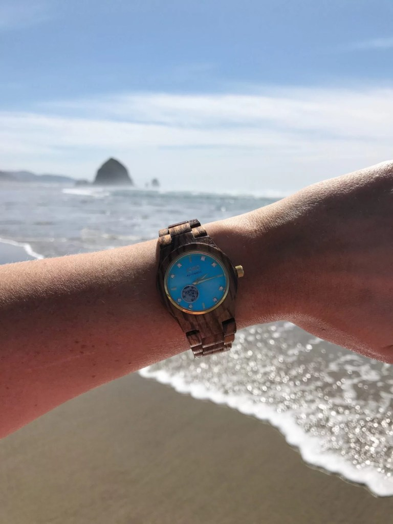 Jord watches, mom style, gift giving