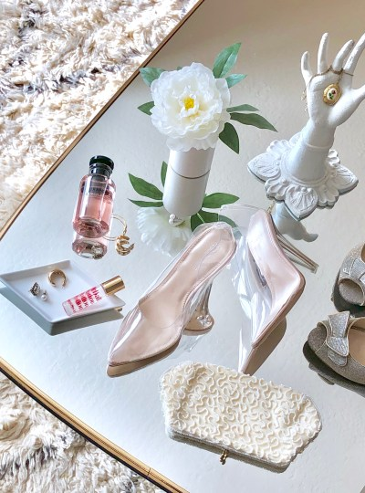 Blush, Cream, and Sparkle Tones for a Hopelessly Romantic Valentine's Day
