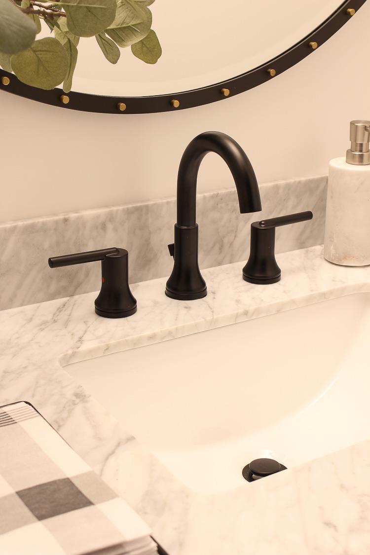 delta trinsic bathroom sink faucet