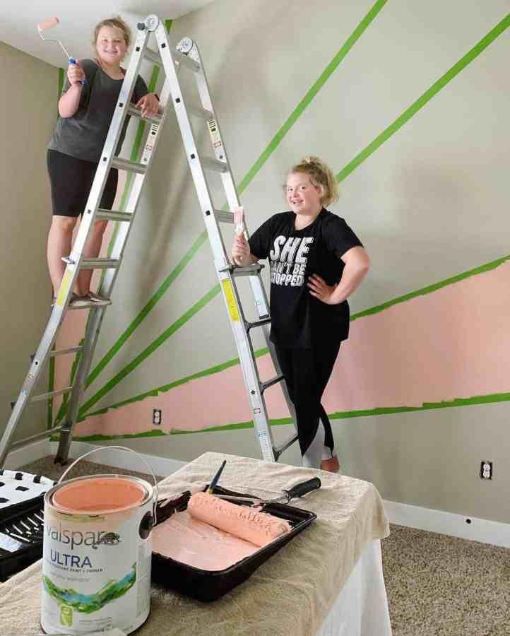 DIY sunburst wall - teen bedroom makeover - house of smiths