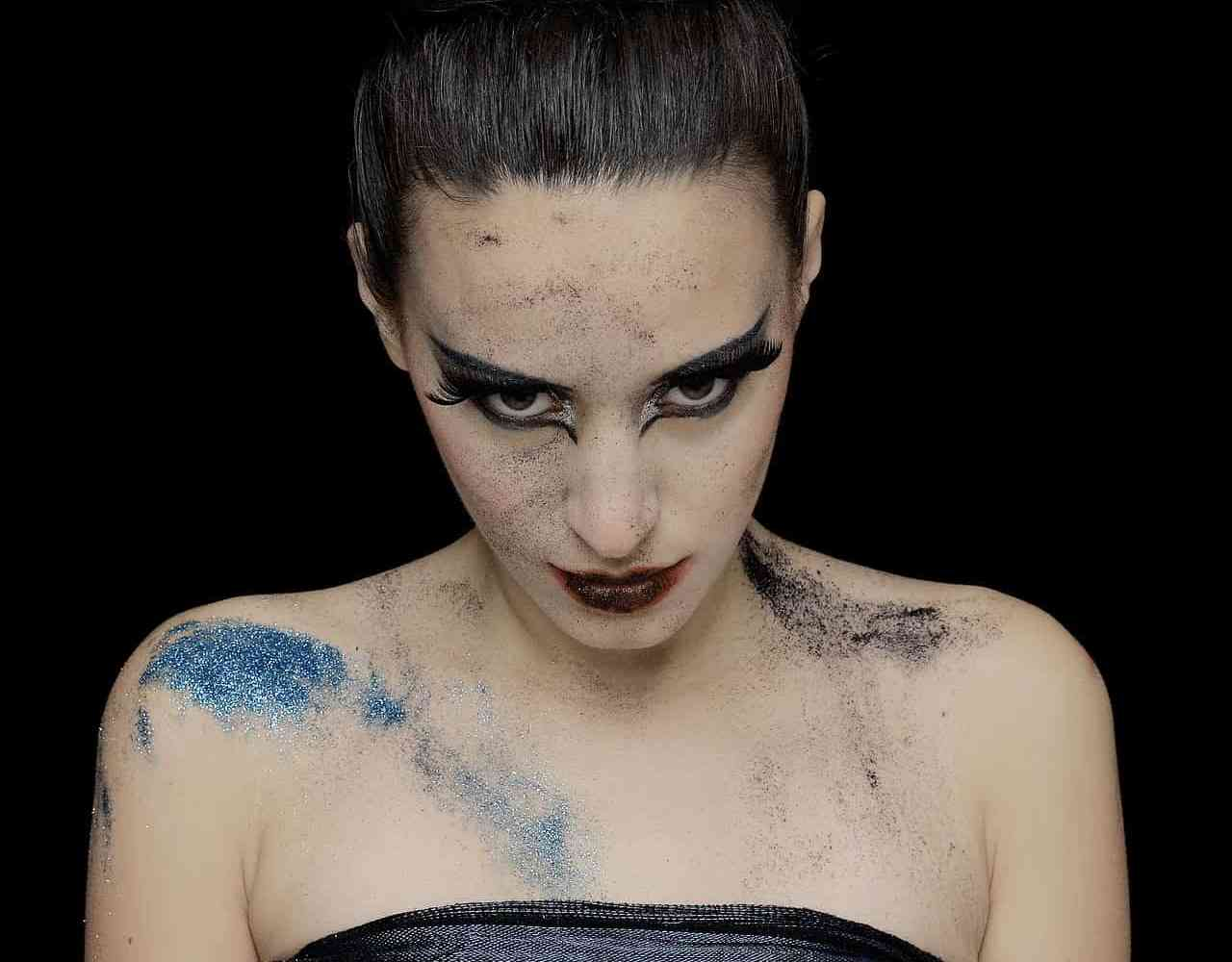 verses of the wild witch danielle dulsky wild woman witch thehouseoftwigs THOT