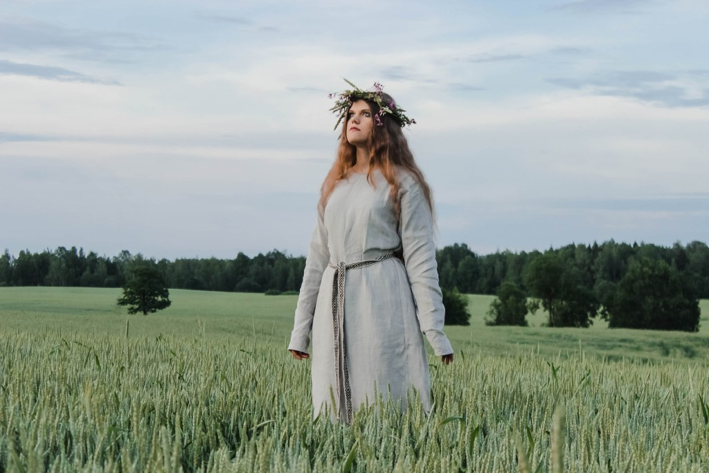 sun god summer solstice creative writing witchcraft wildwoman danielle dulsky the house of twigs