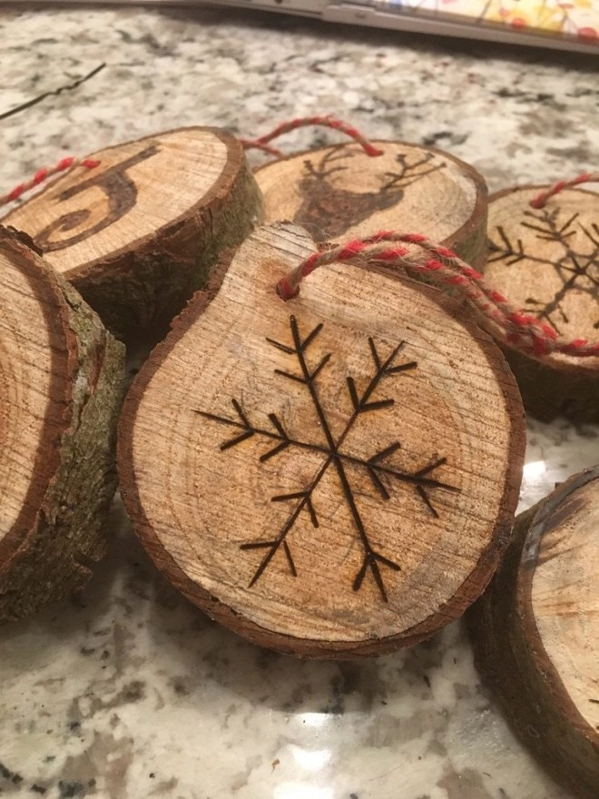 Wood Slice Christmas Ornaments Made with a Wood Burning Tool