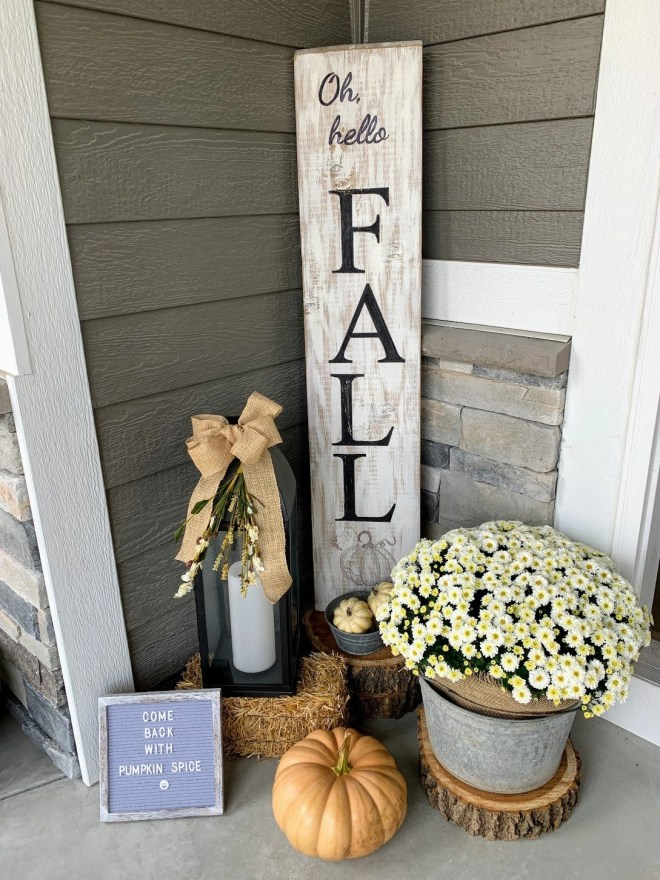 You can create a DIY wood front porch sign for your front porch decor