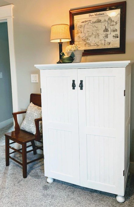 Beadboard Cabinet makeover with General Finishes Paint.