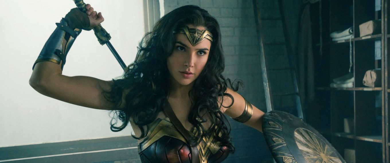 AP-gadot-wonder-woman-jef-170531_12x5_1600