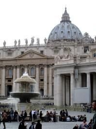 fontana fountain bernini vatican city rome italy