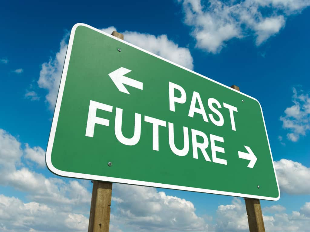 A past or future sign symbolizing your ability to change your future with an expunction or Request for Nondisclosure